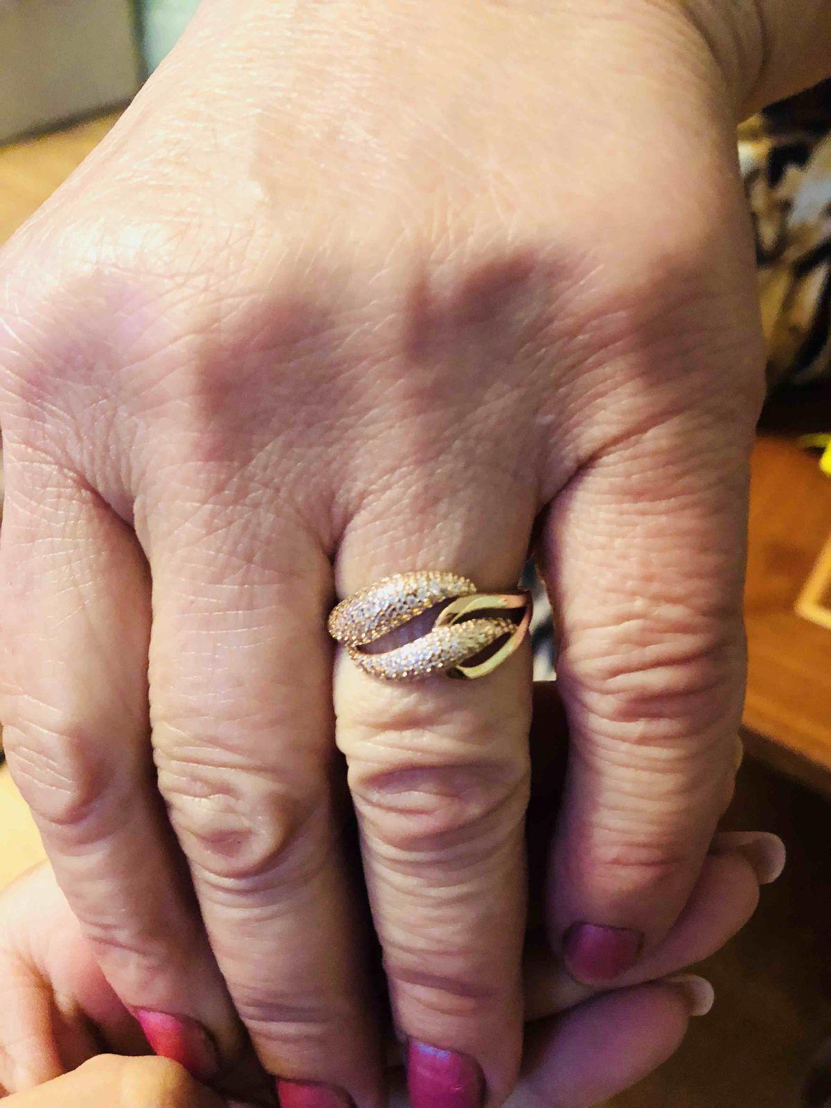 Шикарнейшее кольцо
