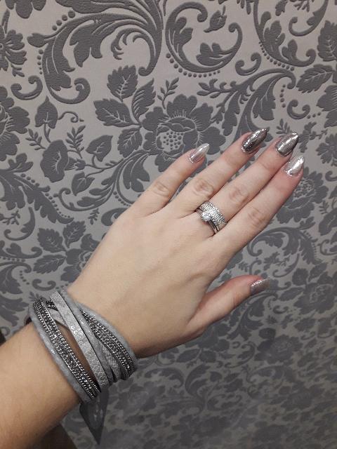 Очень красивое и дорого смотрящееся кольцо!