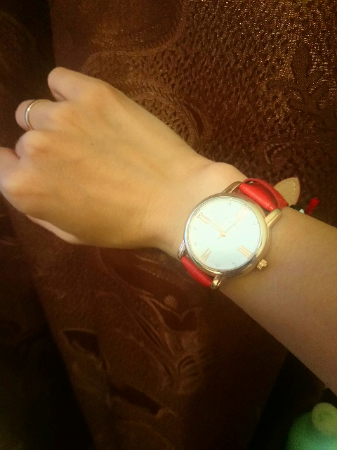 Часы наручные на каждый день)))
