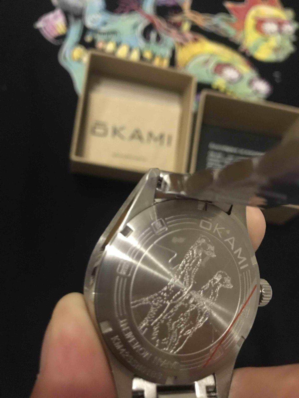 Часы наручные, мужские из нержавеющей стали.