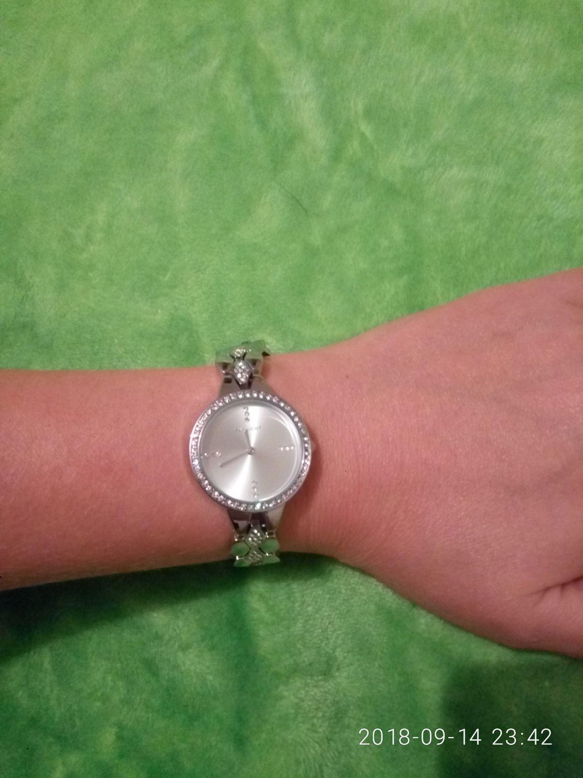 Часы сепер!!!