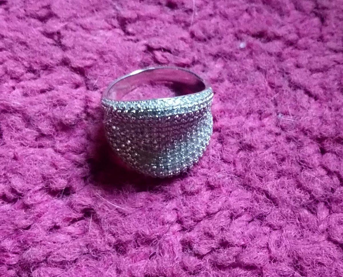 Кольцо серебро с фианитом.