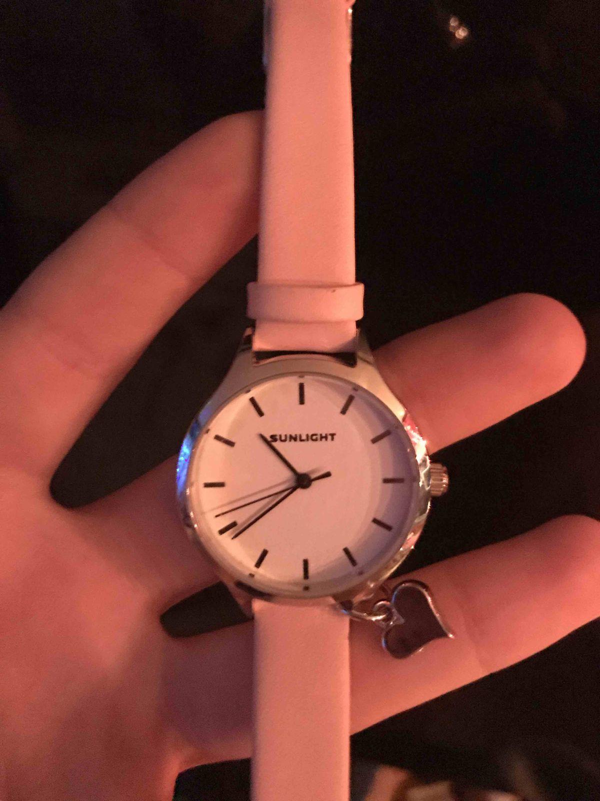 Купила эти часы, очень довольна!🖤