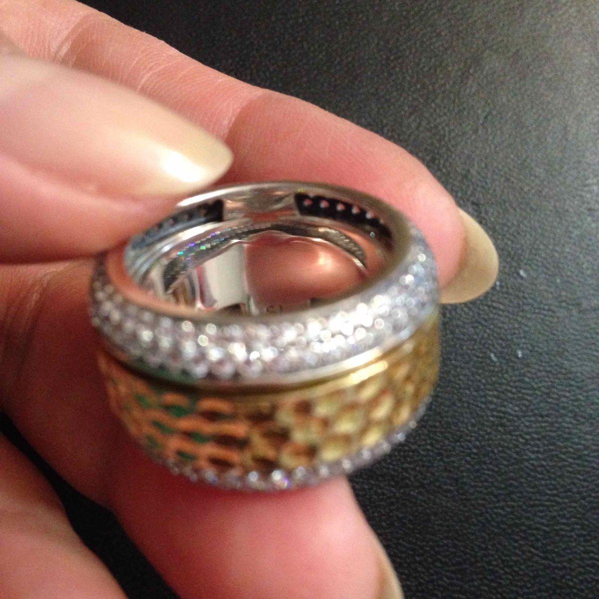 Кольцо, для уверенных в себе женщин!