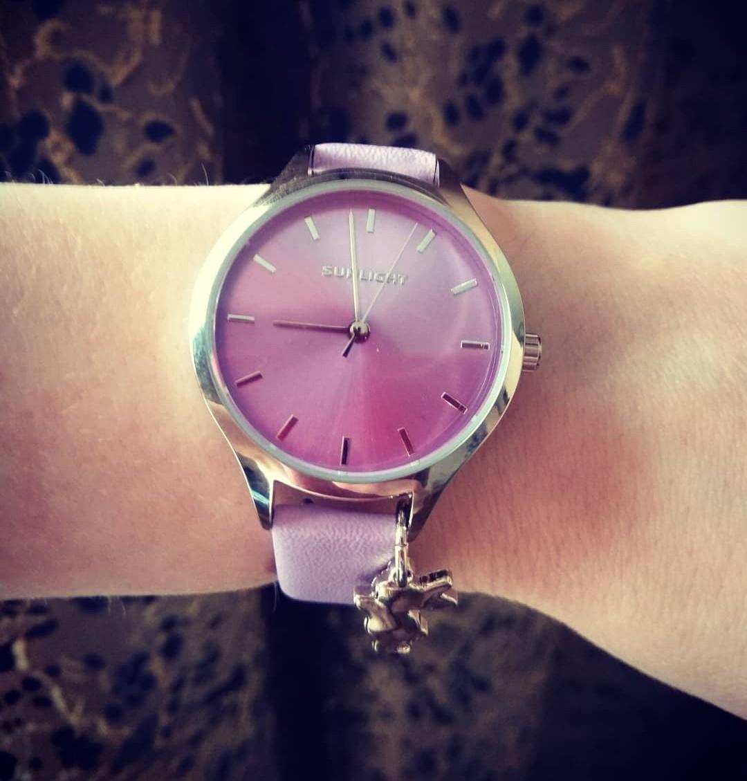 Хорошие часы,  надо брать =)