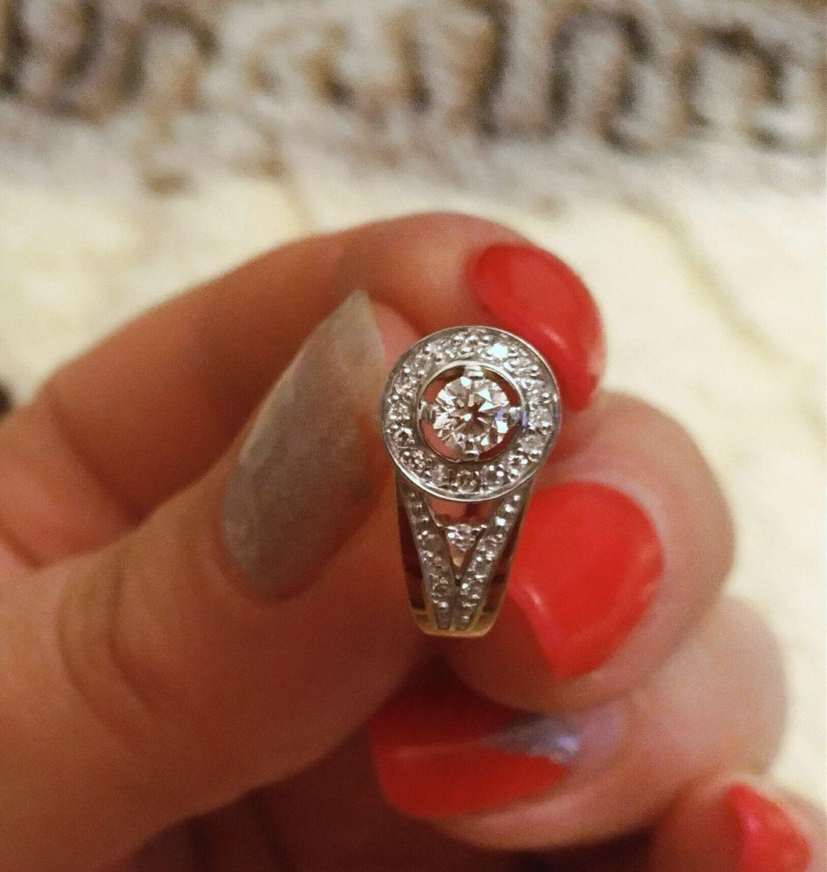 Серьги с бриллиантами- мечта любой девушки!