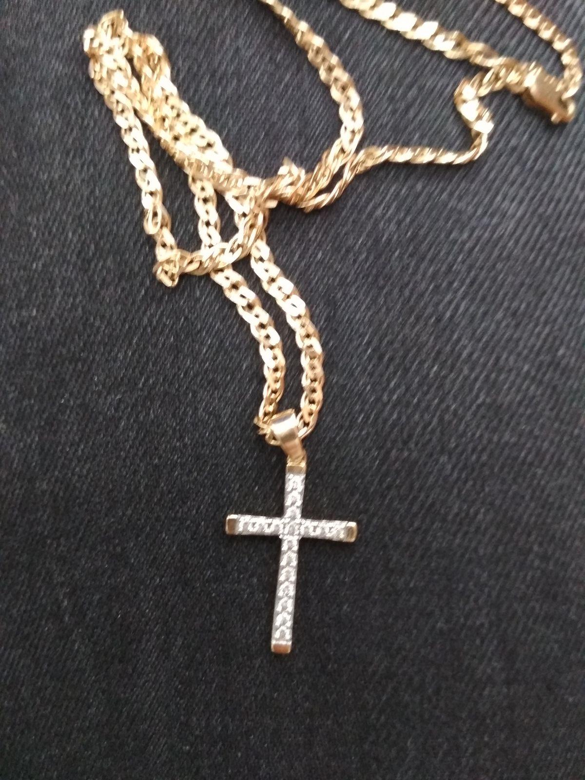 Очень милый, женский крест