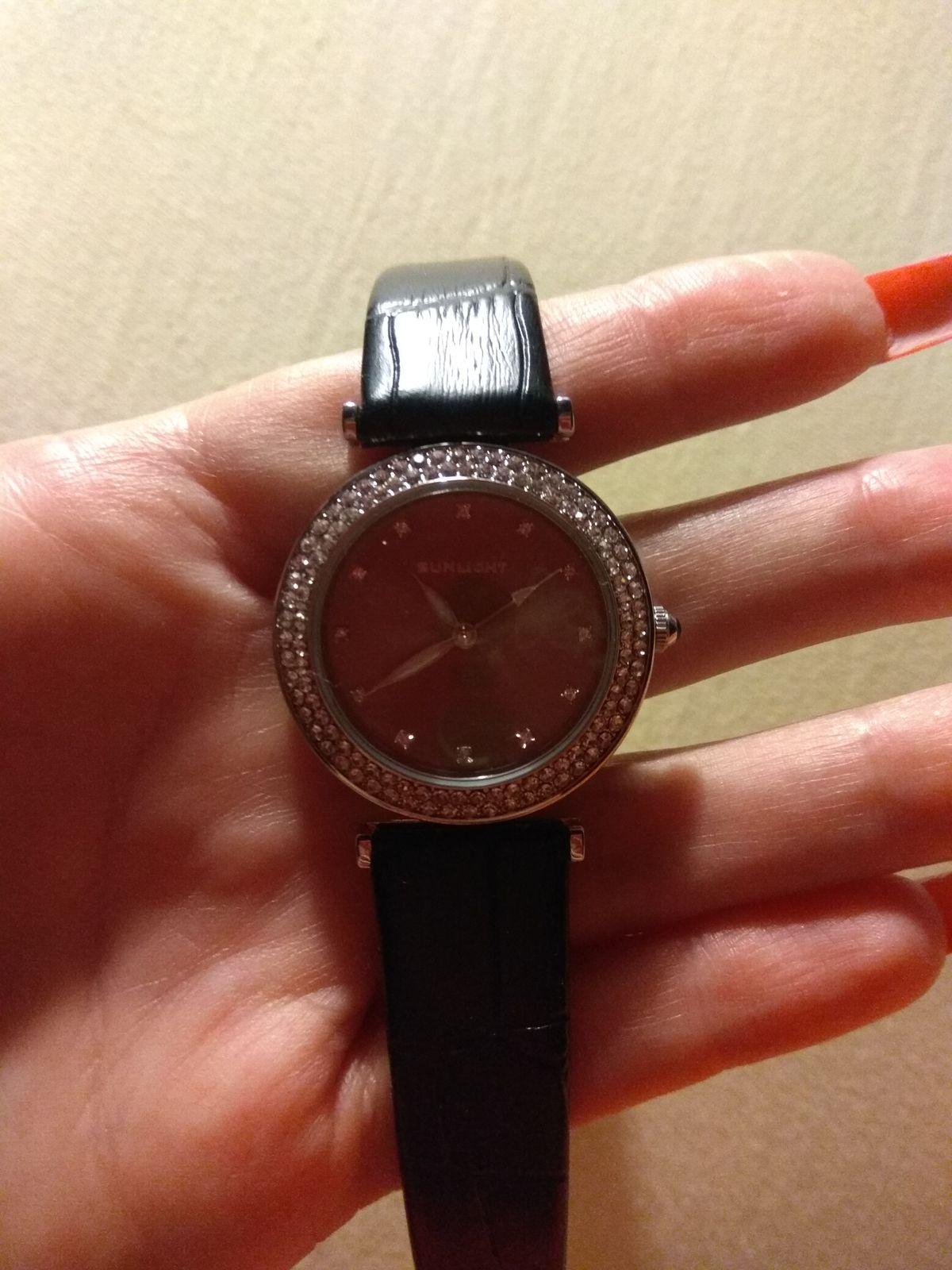 Красивые эффектные часы