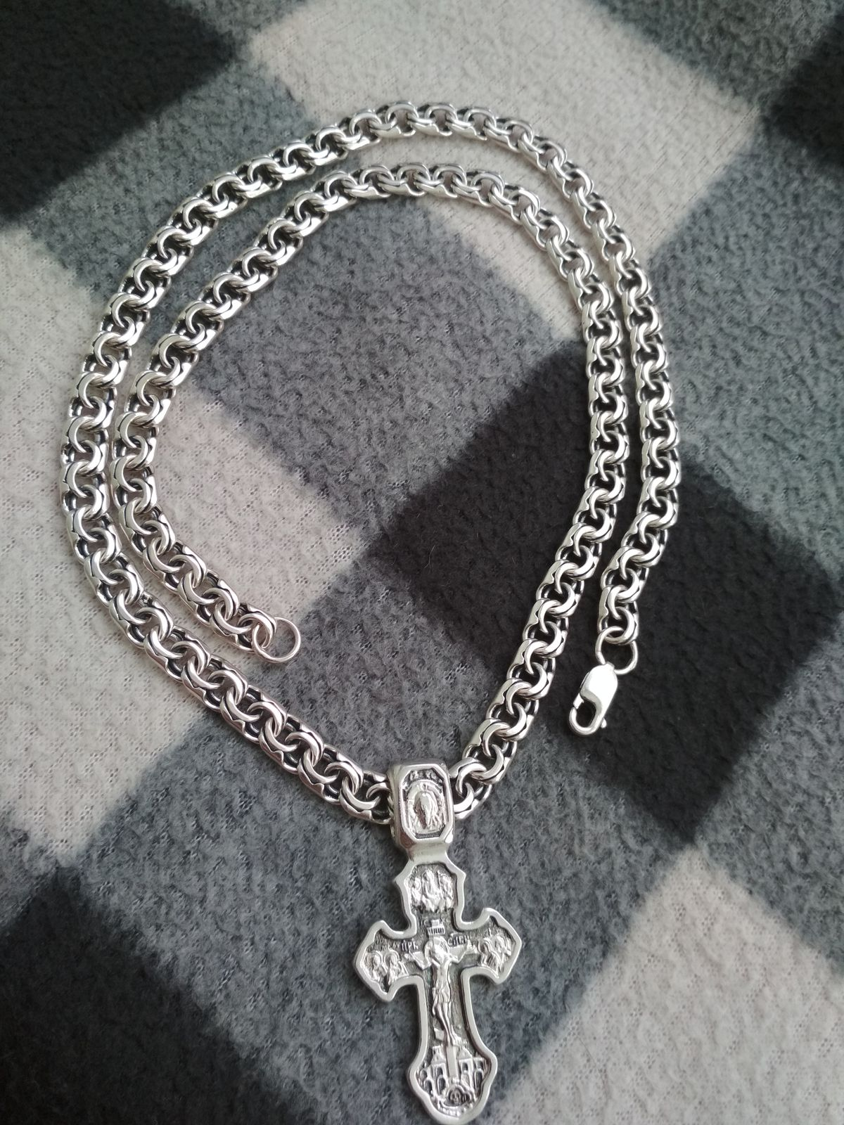 Классная серебряная цепь