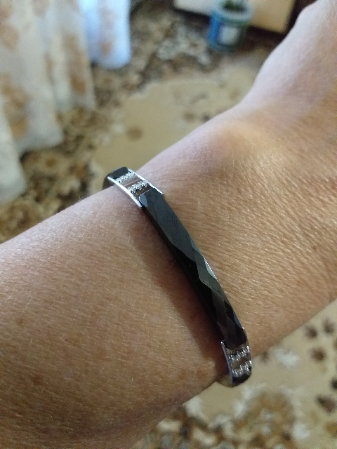 Серебрянный браслет с керамикой и фианитами.