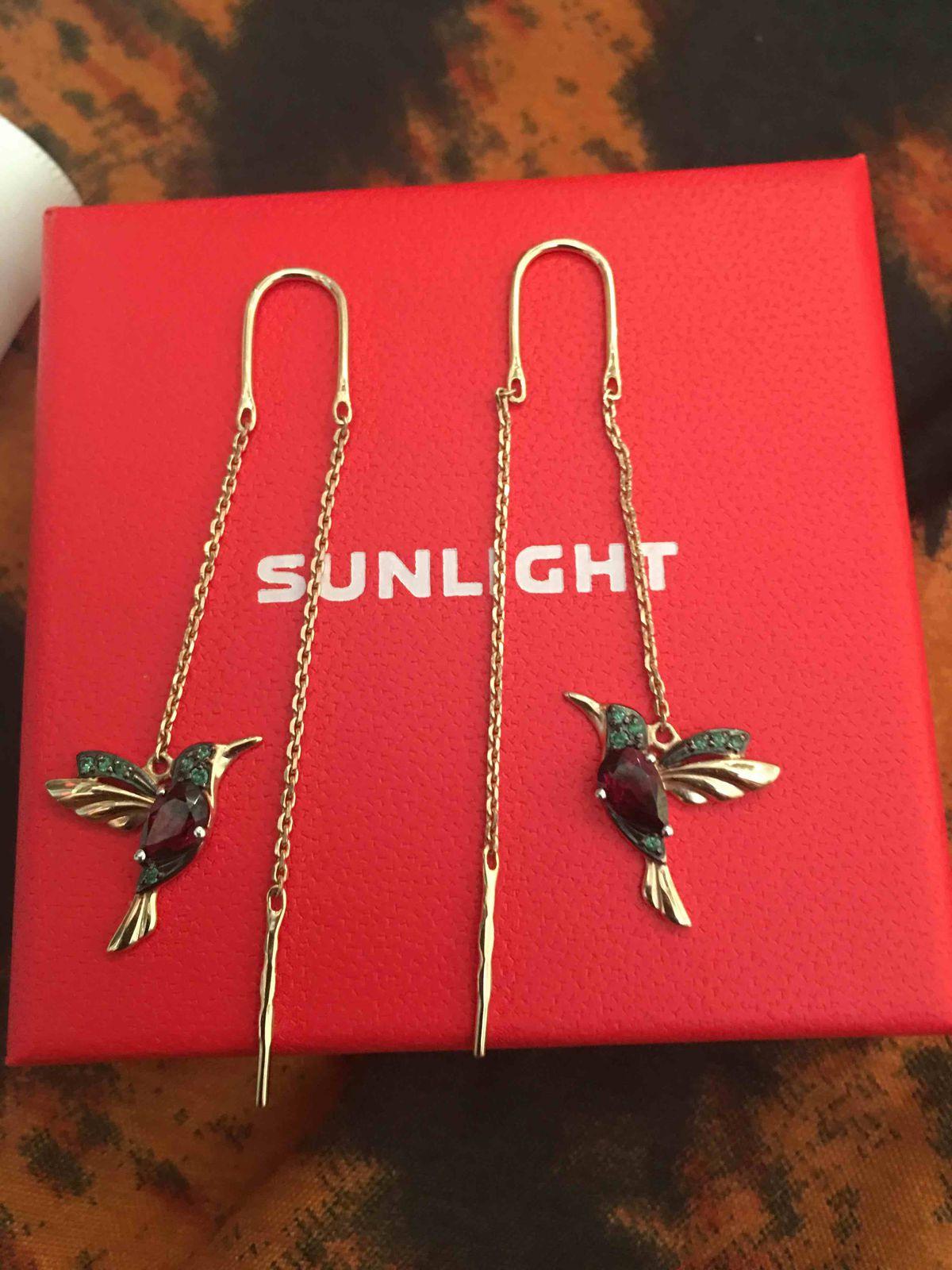 Серьги-колибри.