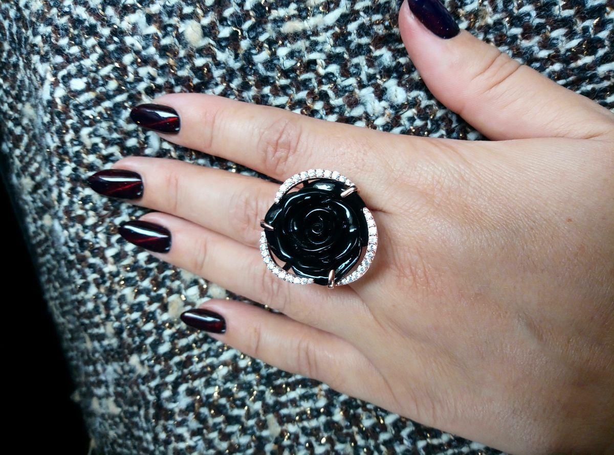 Кольцо с великолепной розой