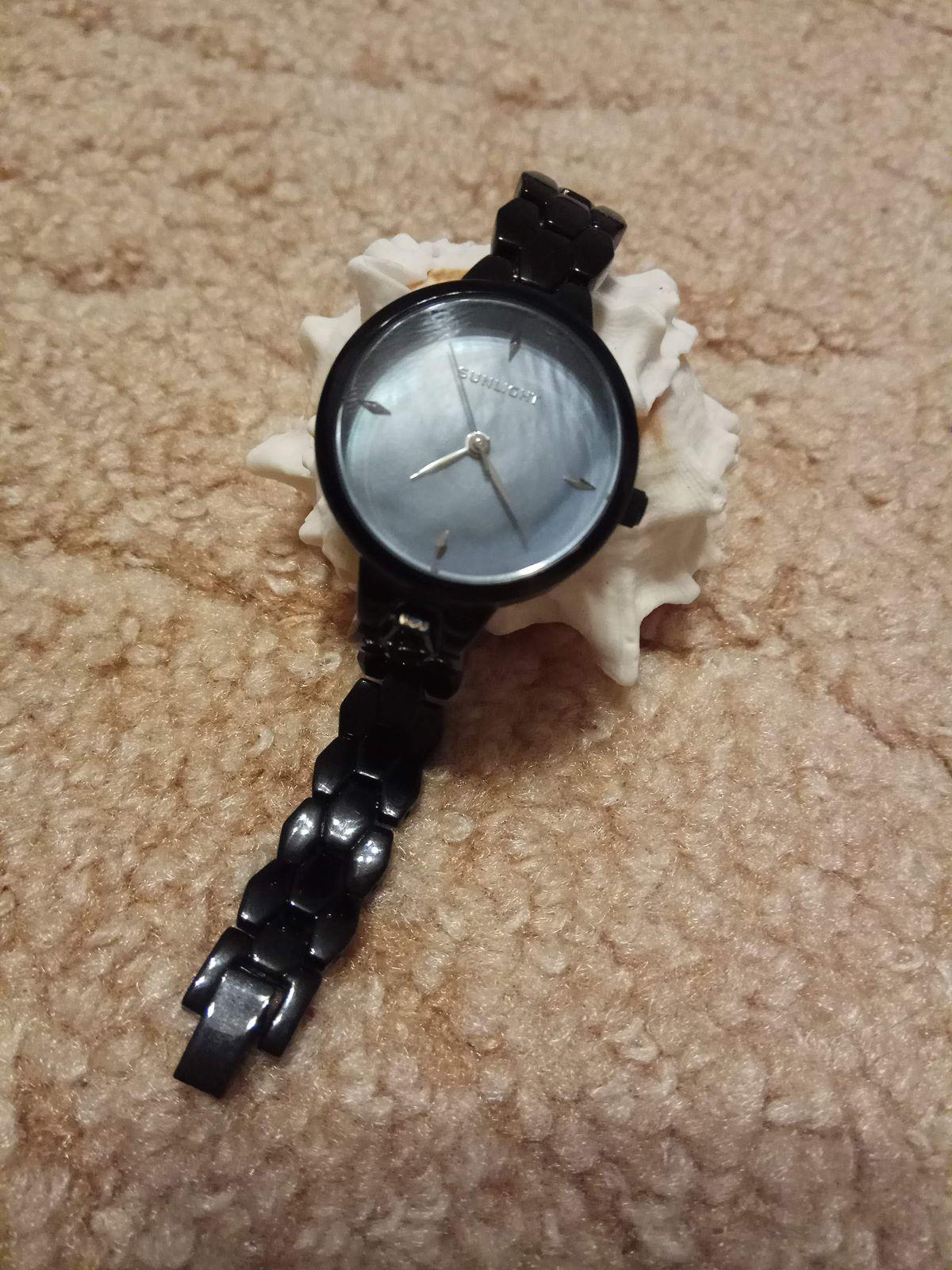 Элегантные, деловые часы