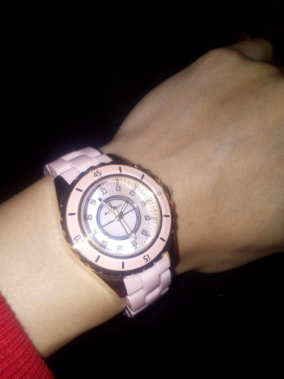 Керамические часы,шикарное исполнение циферблата
