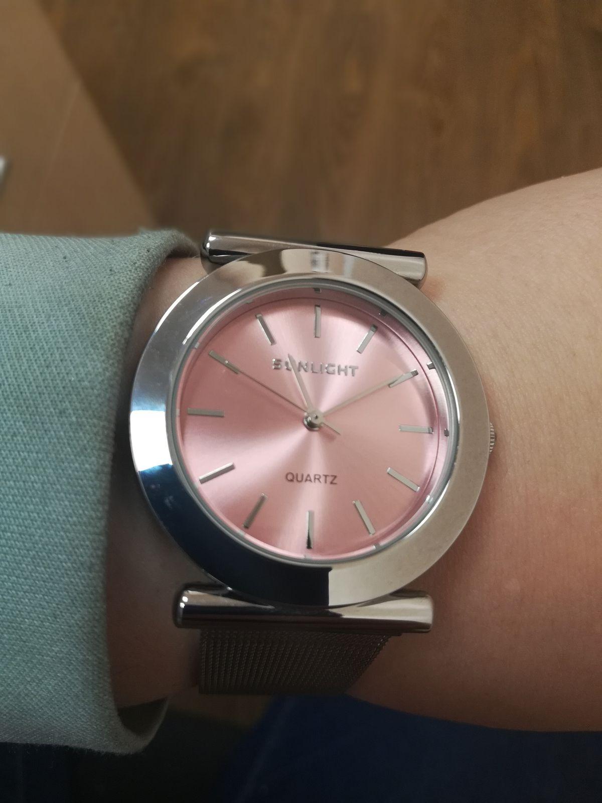 Часы превосходные