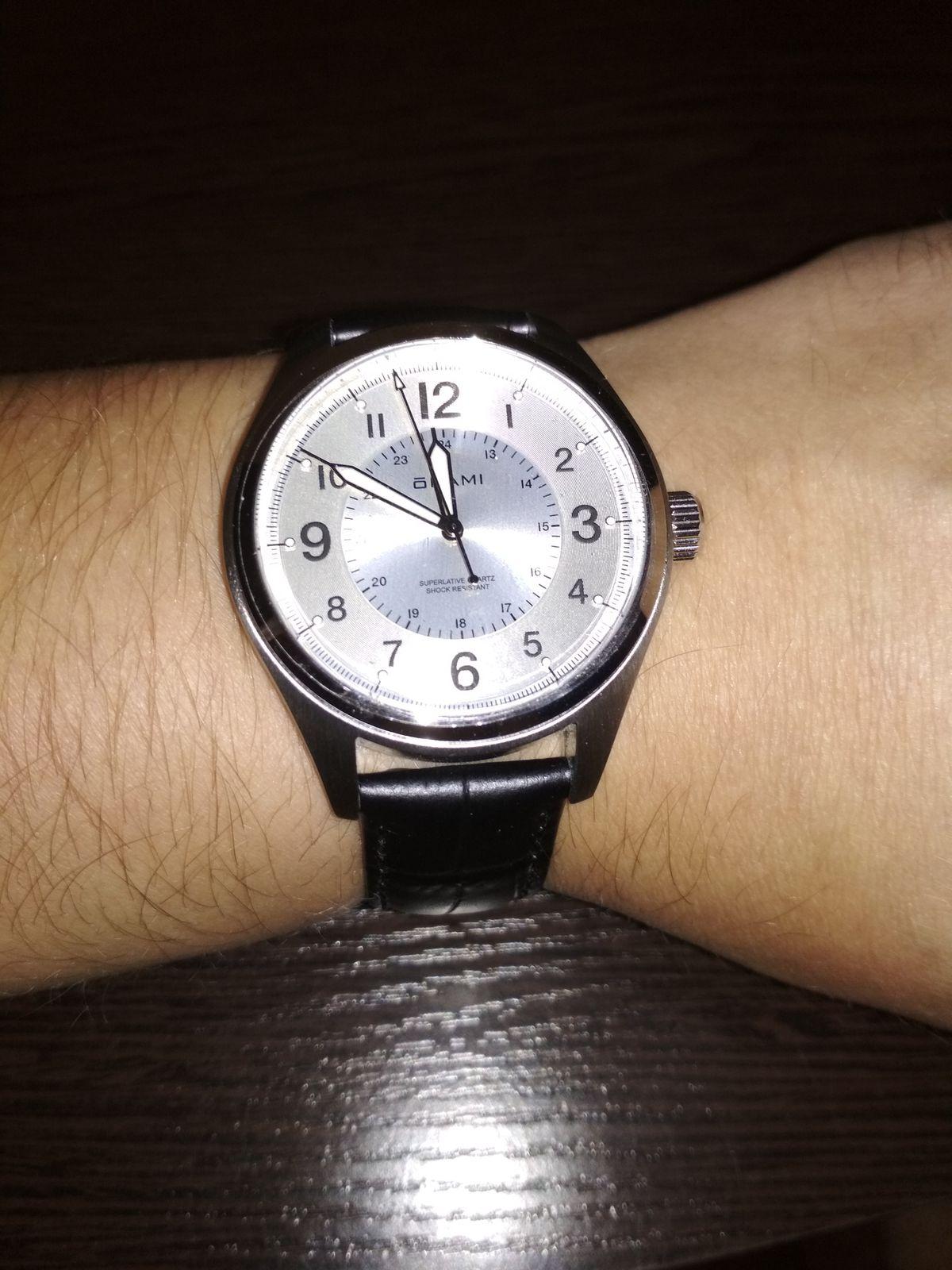 Мои часы. Давно хотел новые часы, а тут скидки в магазине.