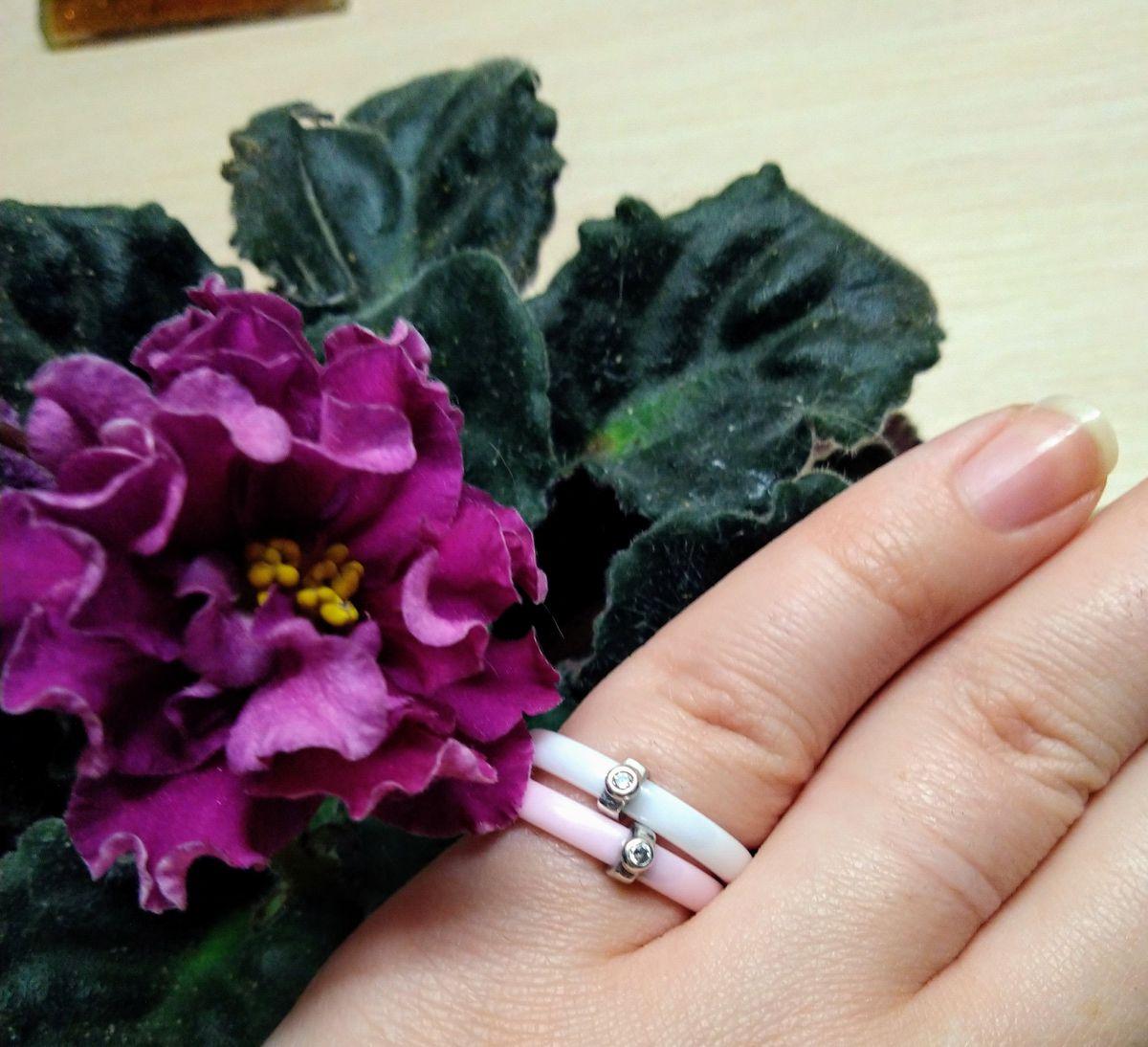 Кольцо Керамика розовое.