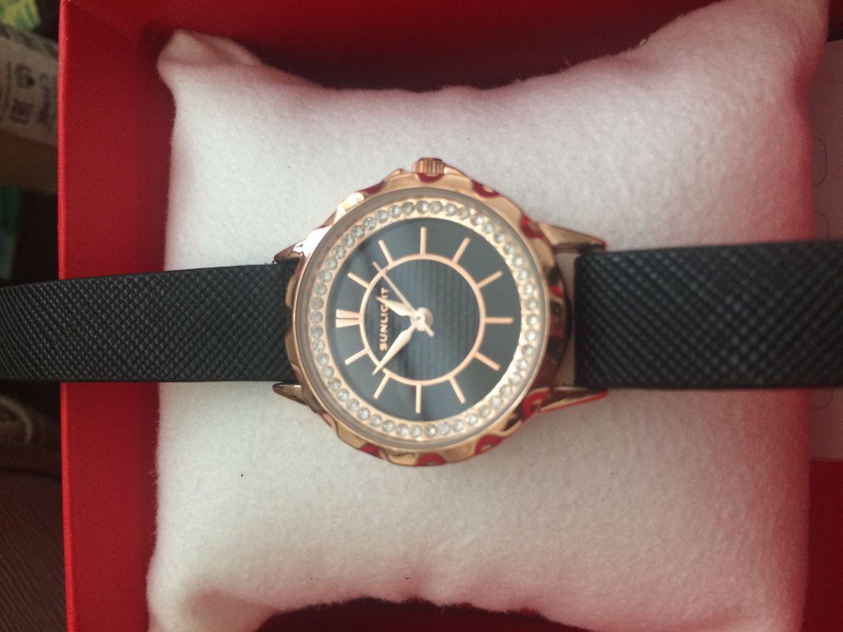 Прекрасные часы .