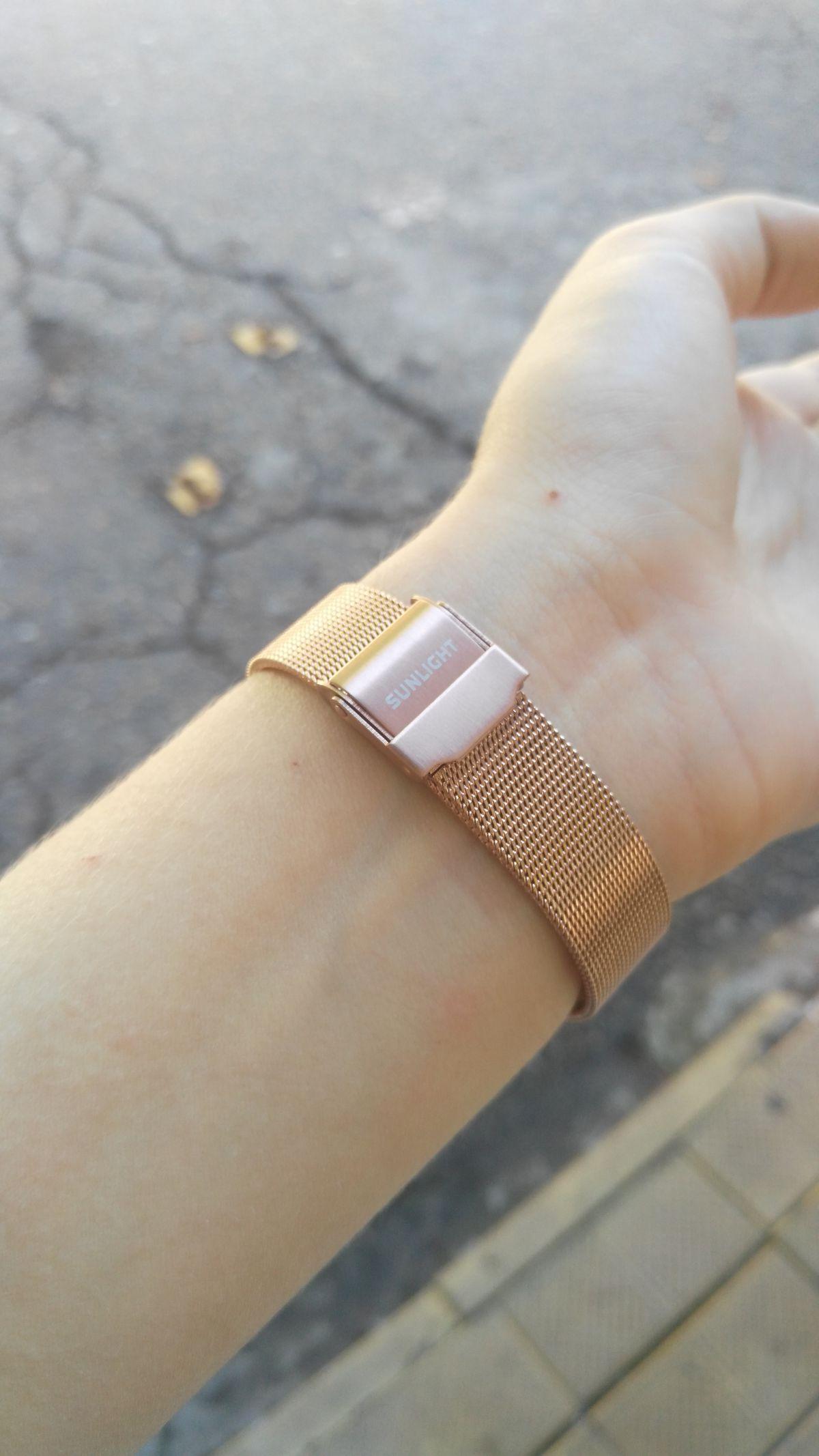 Купила превосходные часы!
