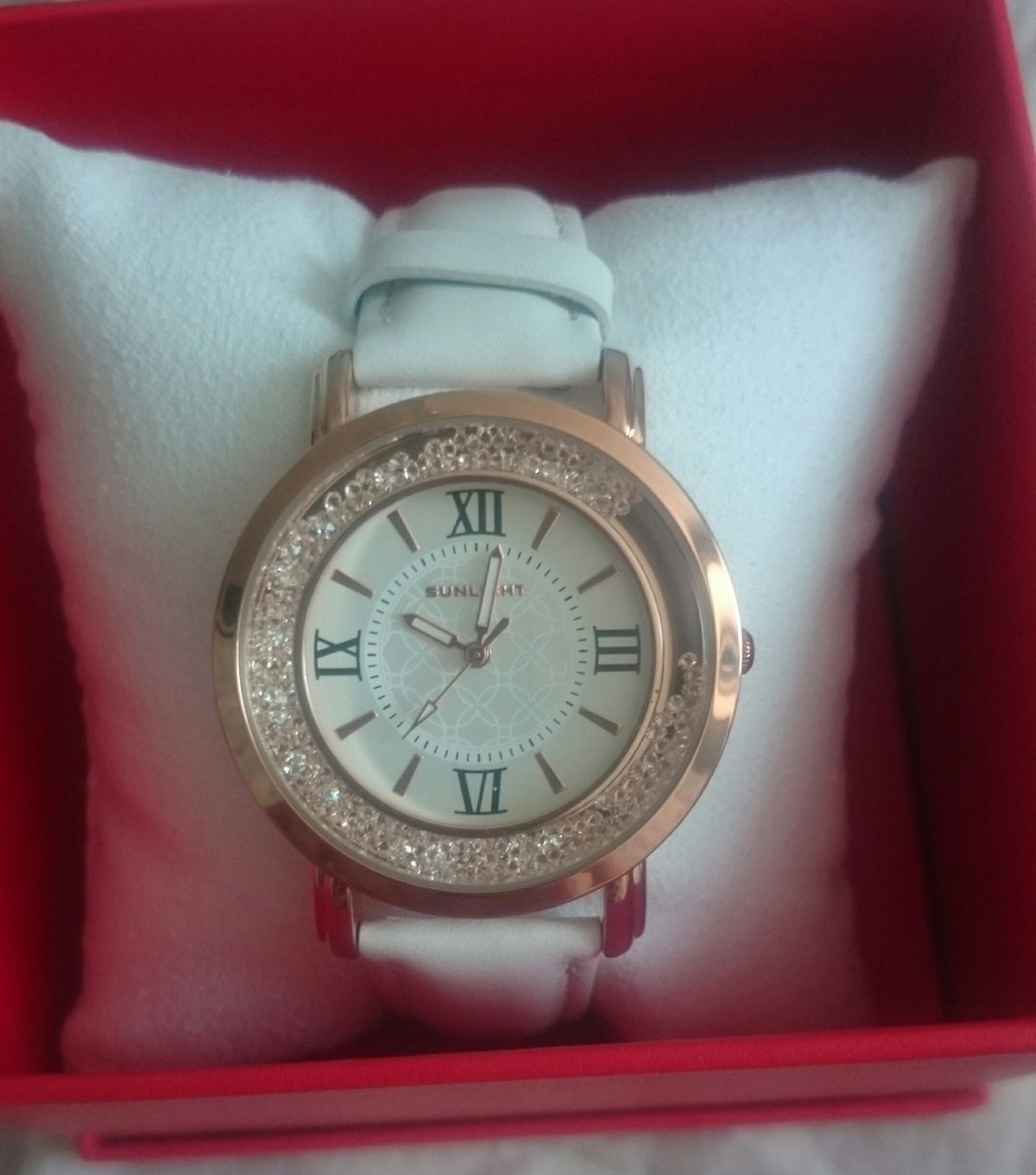 Оригинальные часы.