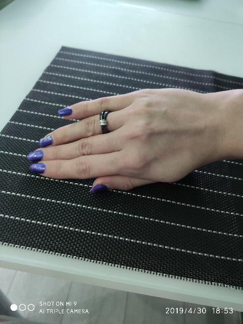 Красивое кольцо из керамики