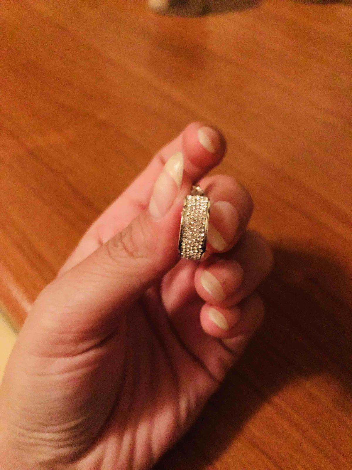 Серебрянные сертги с камнями