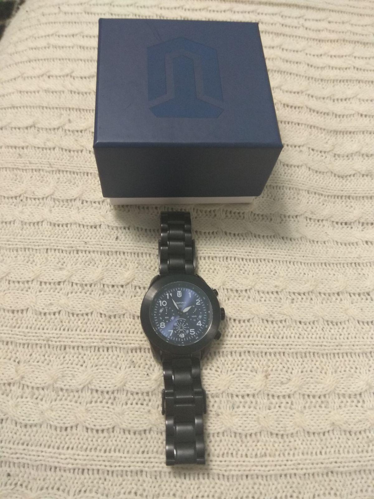 Крутые мужские часы!!!