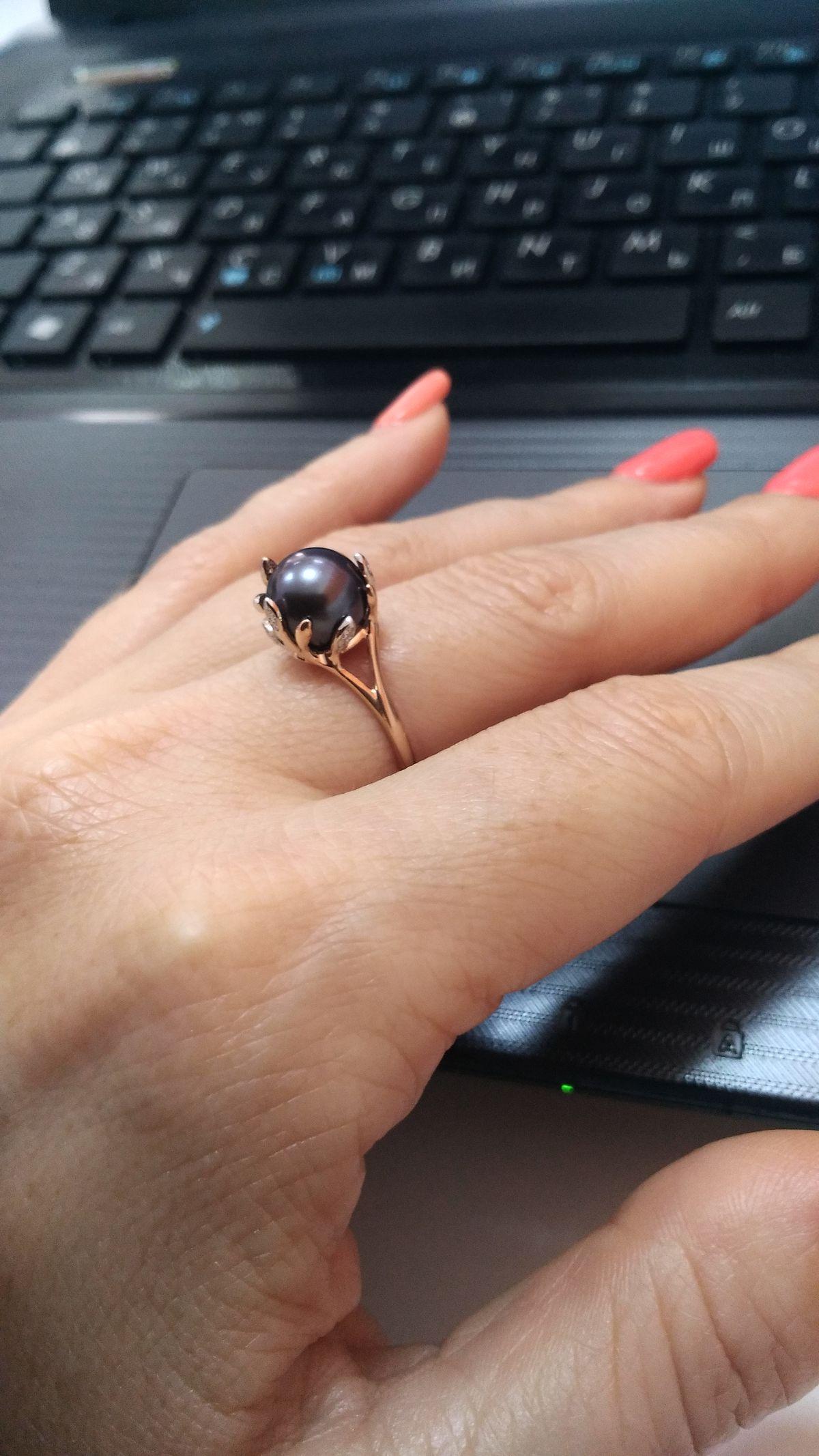 Скромное, приятное кольцо