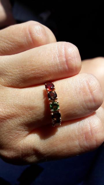 Муж купил кольцо