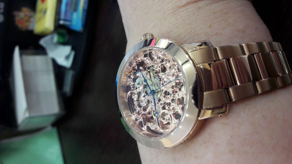 Очень интерсные часы.