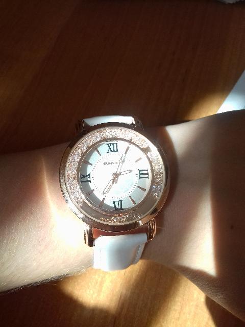 Наручные часы блеск!!!!!