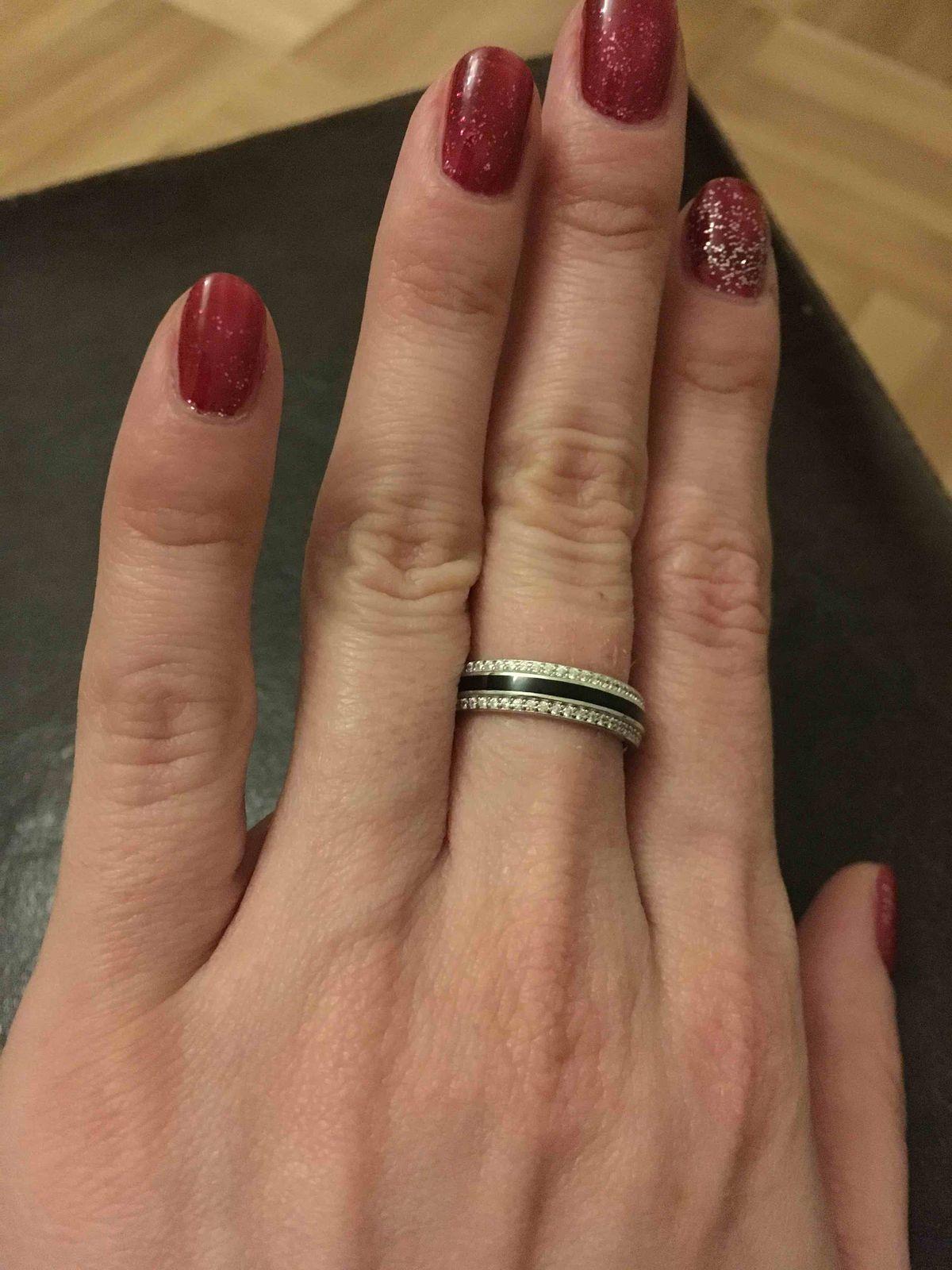 Стильное и строгое кольцо