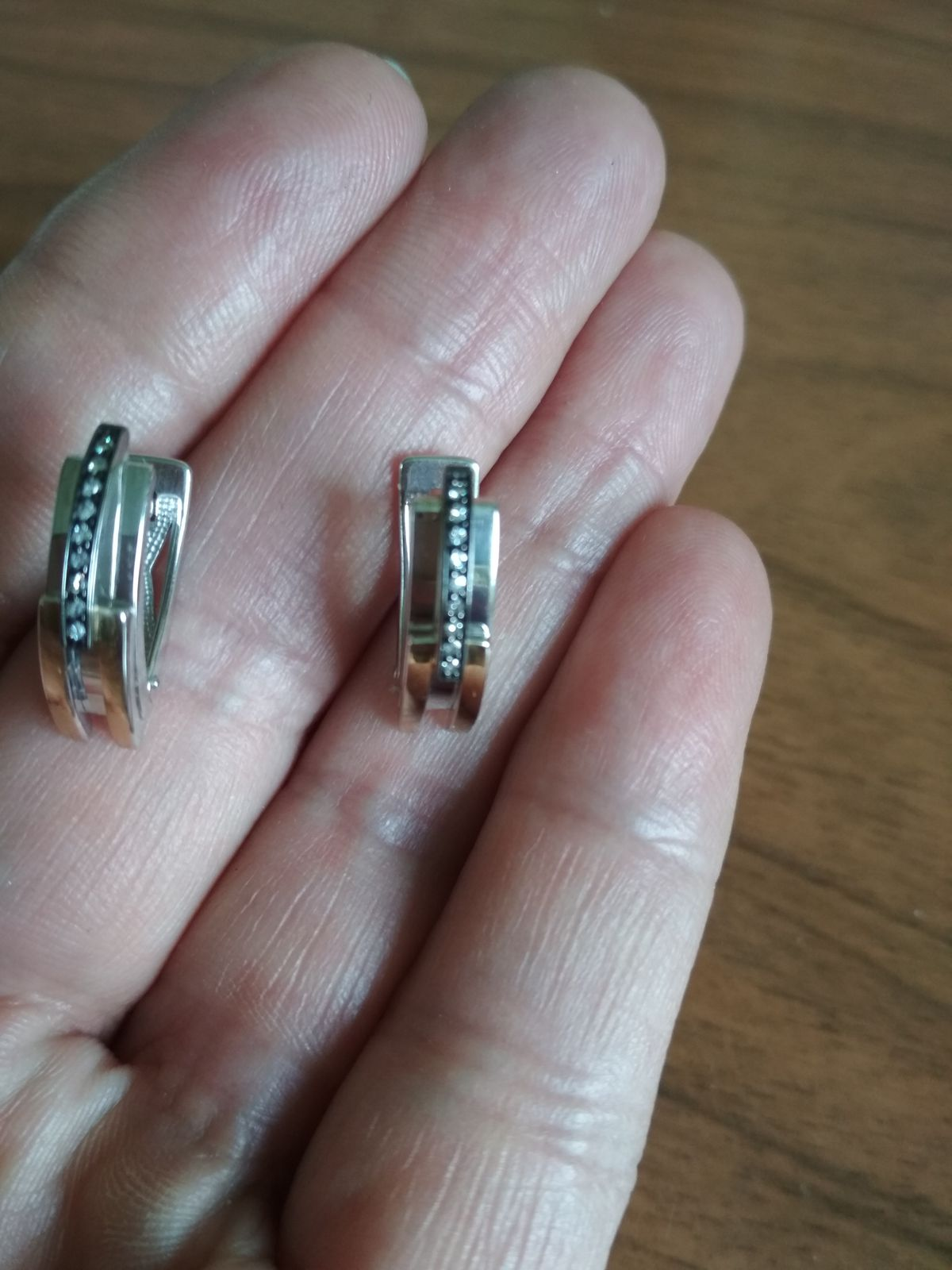 Серьги с бриллиантами ( классика)