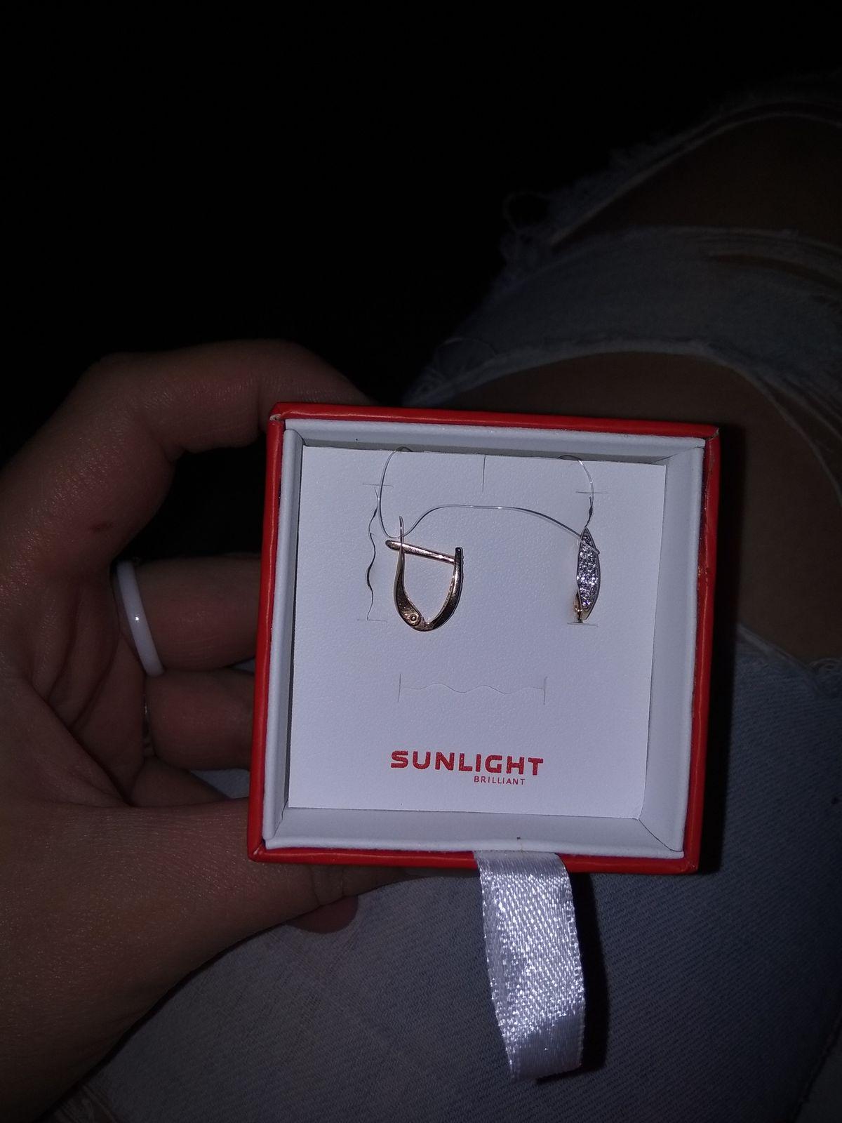 Обалденные,нежные сережки в подарок любимой доченьке.