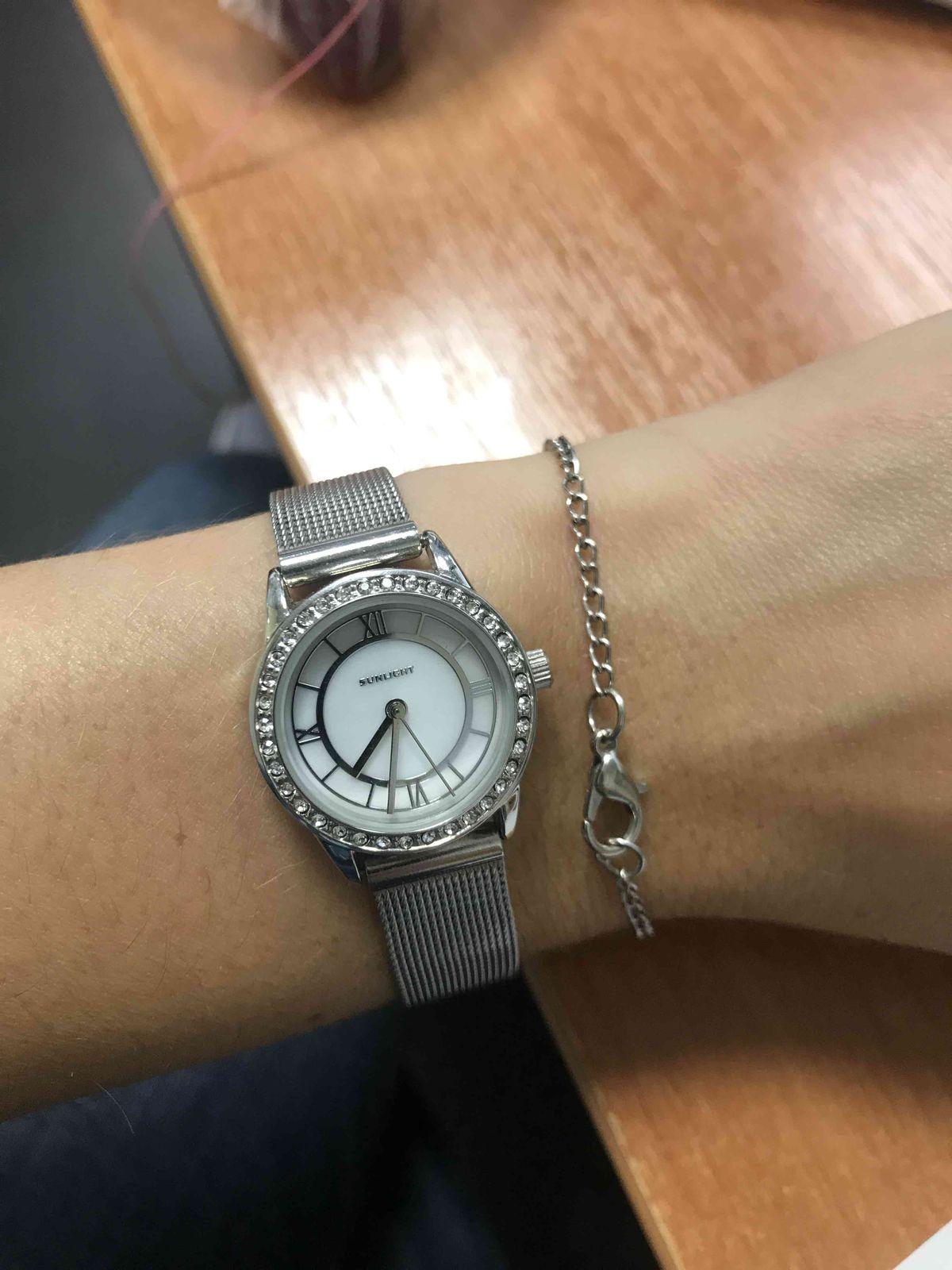 Отпадные часы, берите не пожалеете !!!
