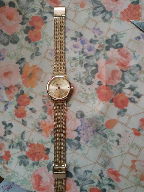 Изумительной красоты часы