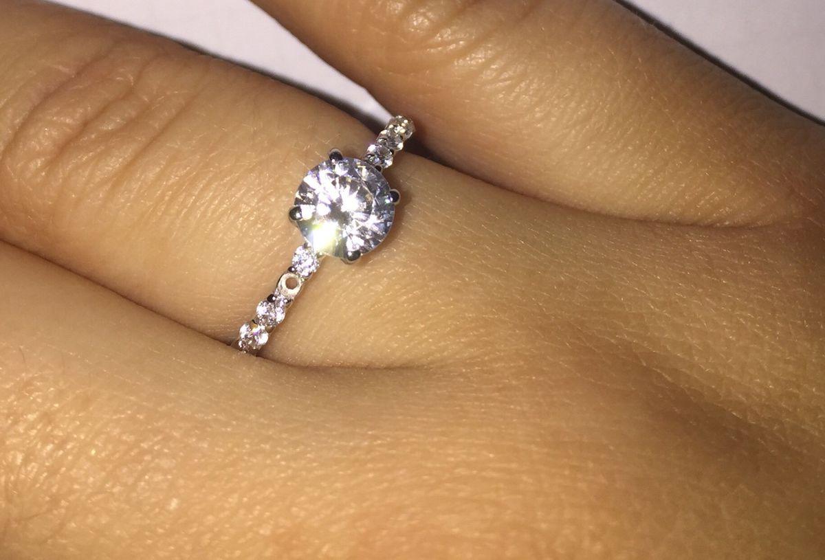 Очень нежное и красивое кольцо.