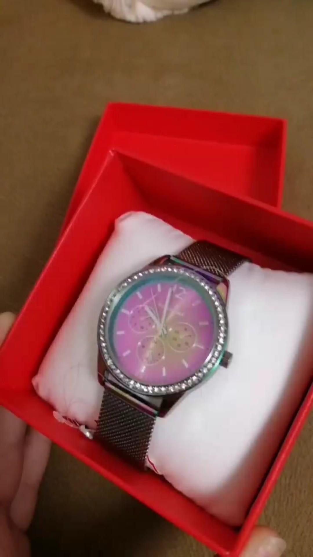 Часы классные, цена приятная.