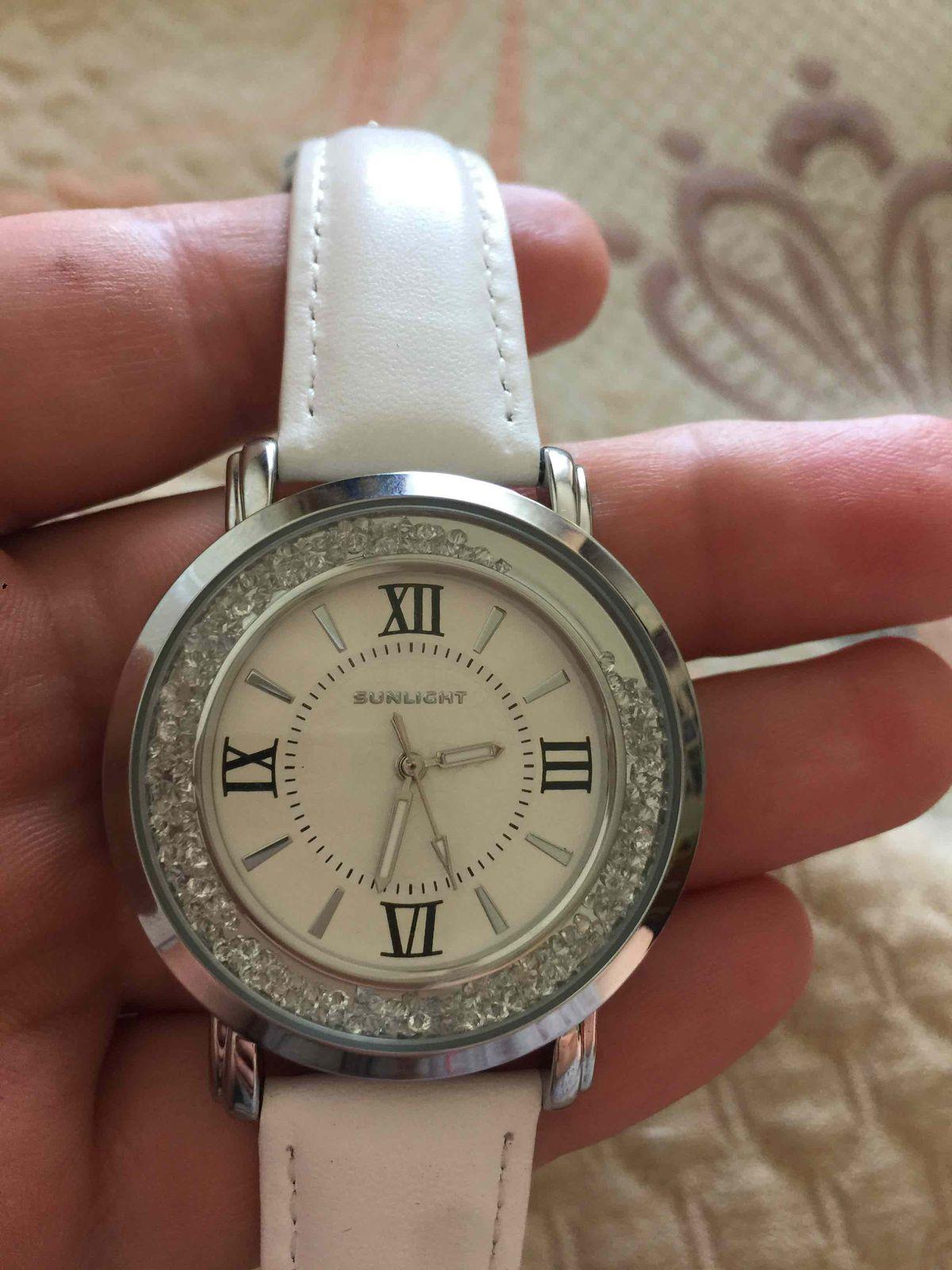 Наручные часы, женские!