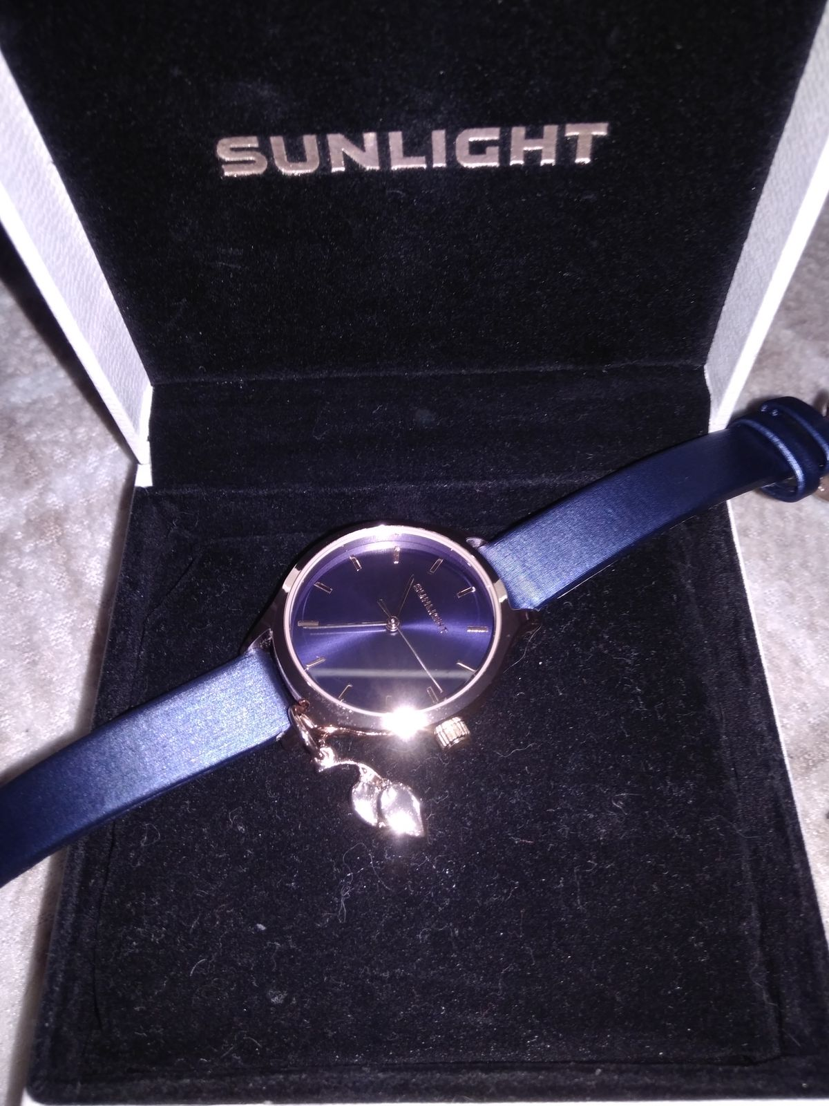 Красивые часы по привлекательной цене