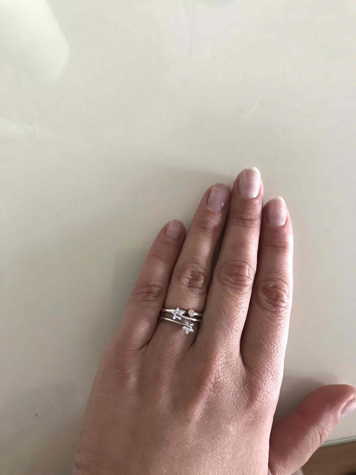 Серебряное кольцо с фианитами-выше замечательное и элегантное приобретение