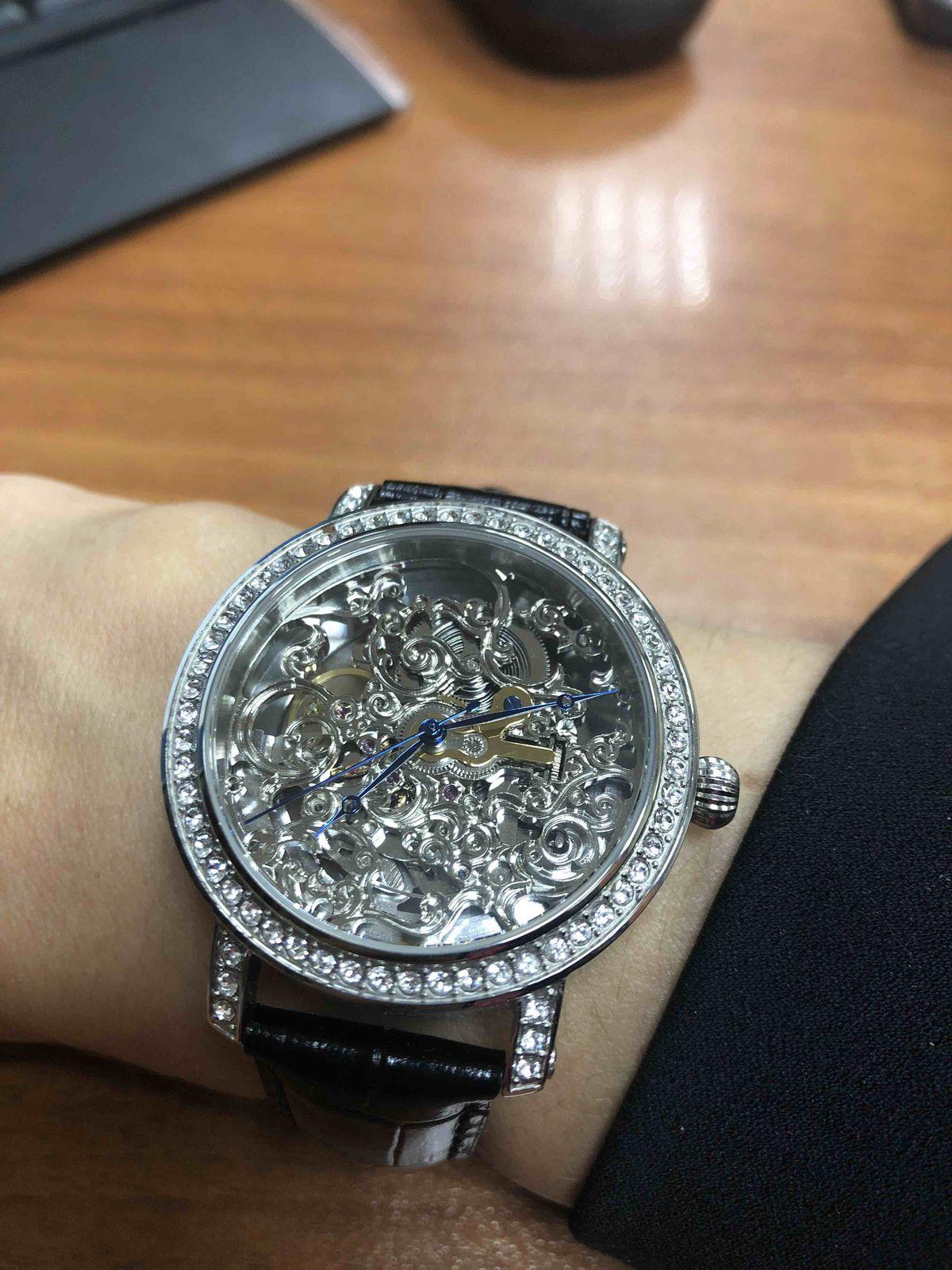 Изысканные часы