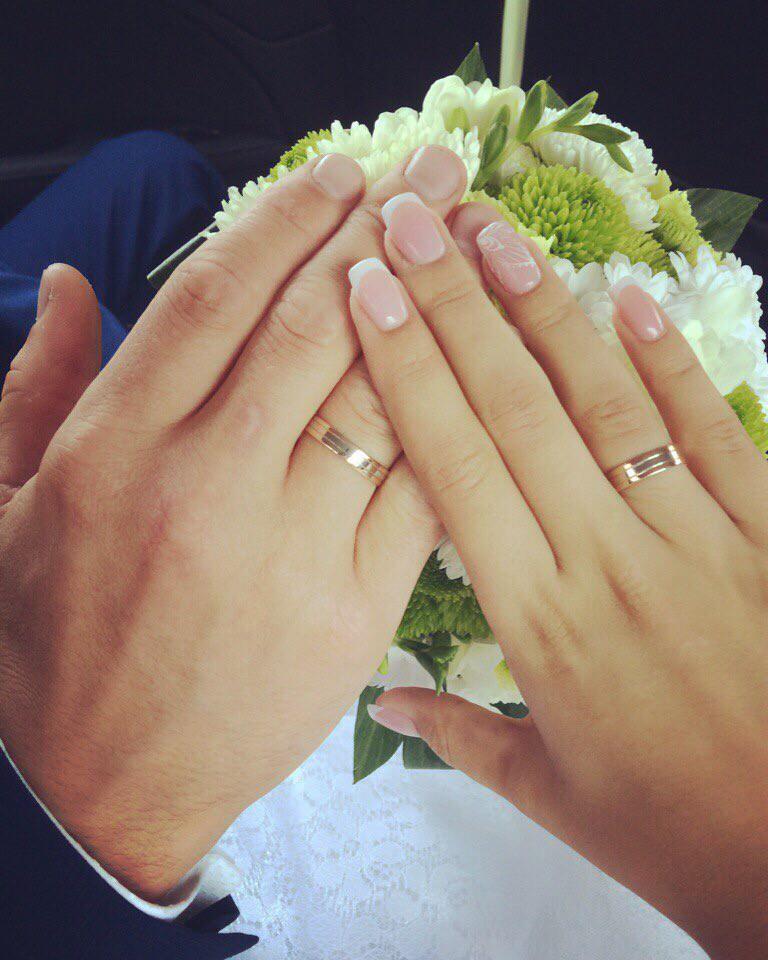 Самое заветное колечко в день свадьбы.