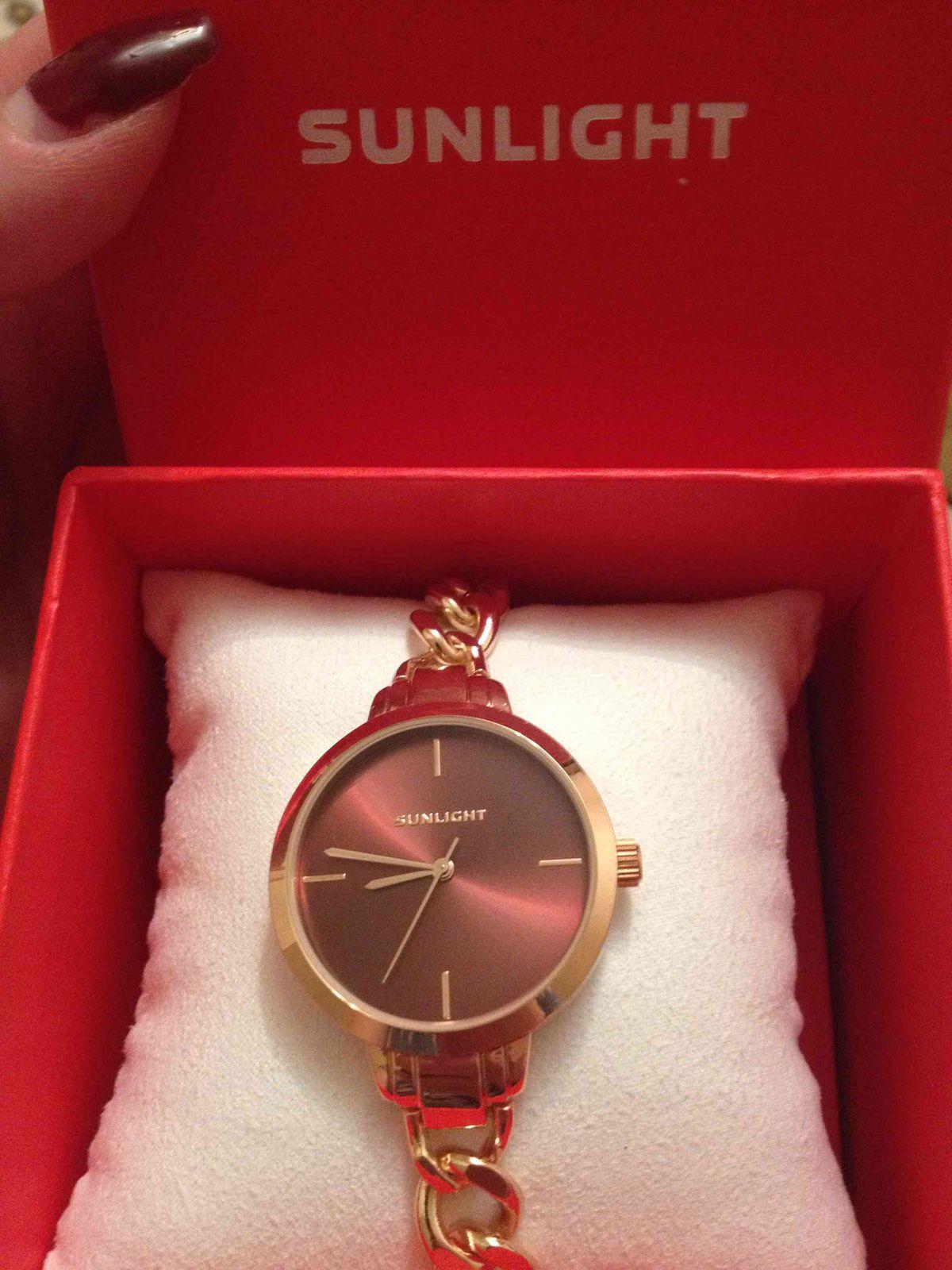 Часы от любимого магазина)