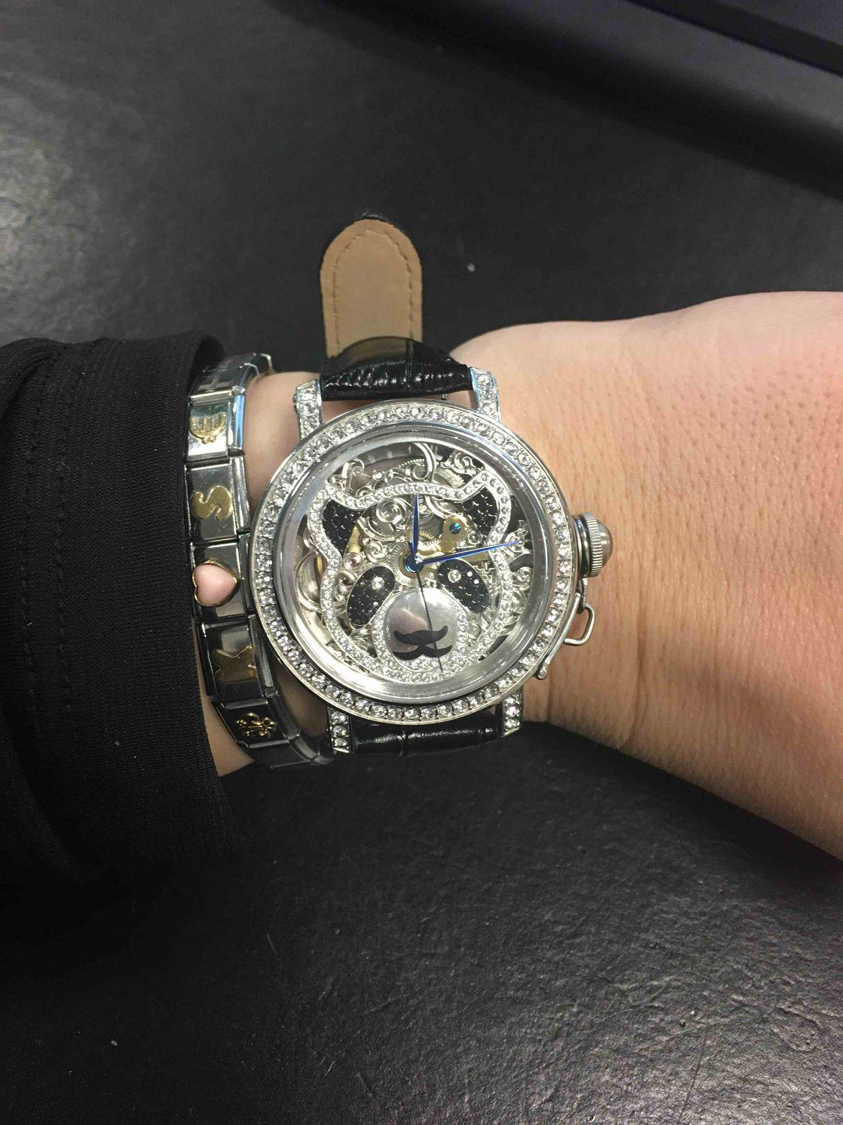 Часы панда