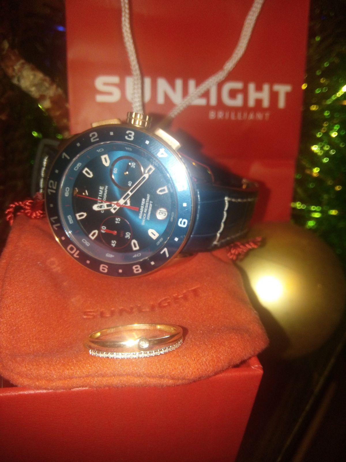 Шикарные часы,посмотрите на эту красоту!!!!