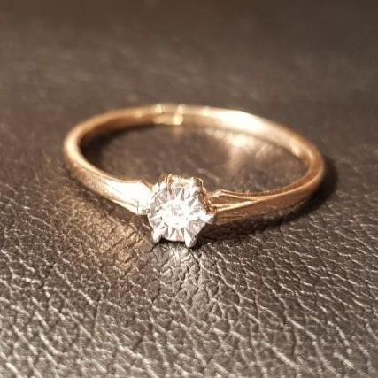 Простое, но очень красивое кольцо.